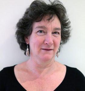 Dr. Ria Leenders
